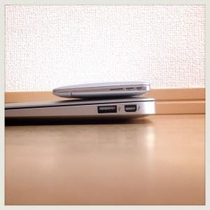 【世界最小】MacBook Airならぬ「MirrorBook Air」ミラー比較-06