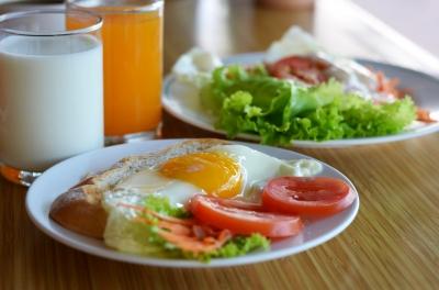 朝食は7時11分! ダイエット効果を上げるための食事の時間が判明