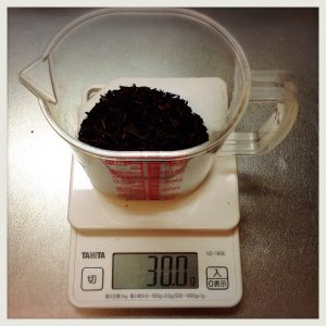 【夏の節約術】おうちで美味しい黒烏龍茶を水出し・煮出し比較しMAX